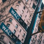 【ダン高橋とは?】ウォール街出身の投資家、ファンドマネージャーの経歴、ポートフォリオ、書籍本、Youtube動画まとめ